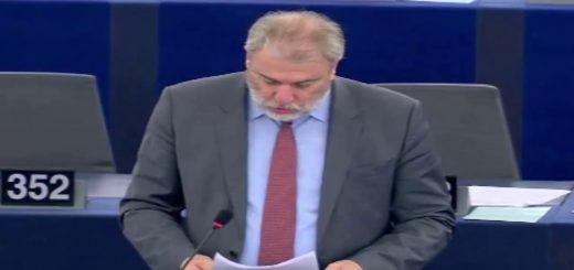 Le pacte budgétaire et son intégration dans le cadre juridique de l'UE débat