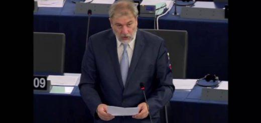 Attuazione dell'articolo 20, paragrafo 2, della direttiva sui servizi e dell'articolo 8, paragrafo 3, della direttiva sui diritti dei consumatori