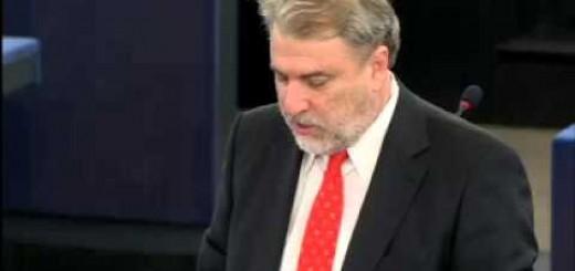 Νότης Μαριάς στην Ευρωβουλή: Υπερψήφισα την πρόταση μομφής για να φύγει ο  Γιούνκερ και η παρέα του.