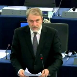 Ο Νότης Μαριάς καταγγέλλει στην Ευρωβουλή την υποχρεωτική επιβολή ΑΜΚΑ στους Έλληνες Πολίτες.