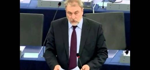 Νότης Μαριάς στην Ευρωβουλή: Πρωτοβουλία για «μέτωπο» ενάντια στη λιτότητα και τη φτώχεια αναλαμβάνουν οι Αντιμνημονιακοί Πολίτες.