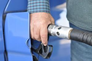 gas-station-727162_640