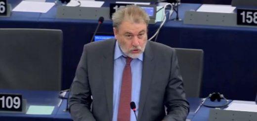 Ο Ν. Μαριάς καταγγέλλει στην Ευρωβουλή τη φορομπηχτική πολιτική της τρόικας κατά των Ελλήνων αλιέων