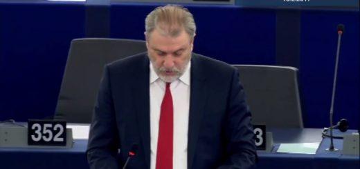 Ο Νότης Μαριάς στην Ευρωβουλή για τον περιορισμό των συμβατικών φυτοφαρμάκων